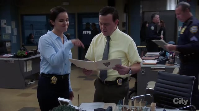 "Brooklyn Nine Nine S05E05 ""Bad Beat"""
