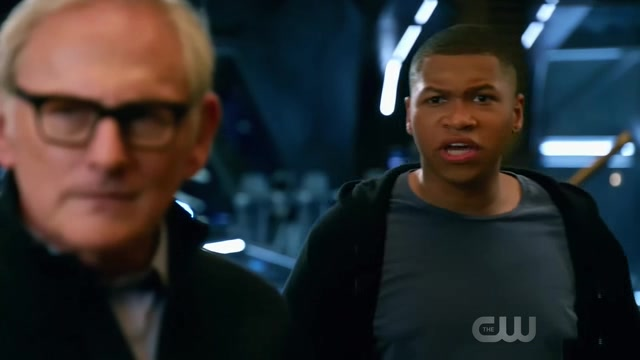 """Legends of Tomorrow S03E07 """"Welcome to the Jungle"""""""