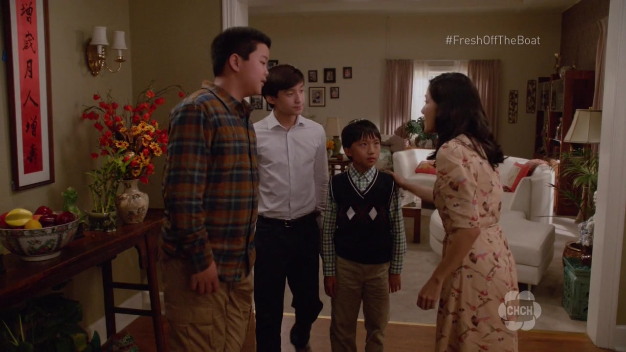 """Huangovi v Americe / Fresh Off the Boat S04E07 """"The Day After Thanksgiving"""""""