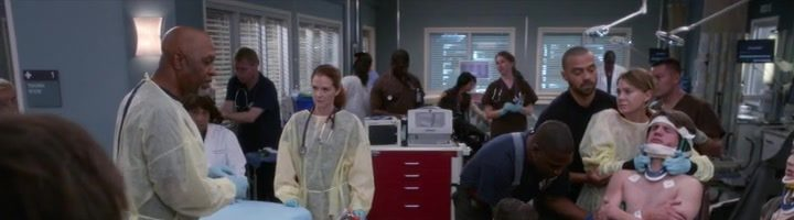 "Chirurgové / Grey's Anatomy S14E07 ""Who Lives, Who Dies, Who Tells Your Story"""